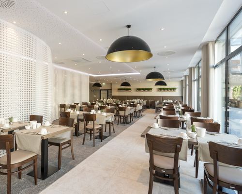 Stylish Restaurant in the Ringhotel Looken Inn in Lingen, 4-Sterne Hotel im Emsland
