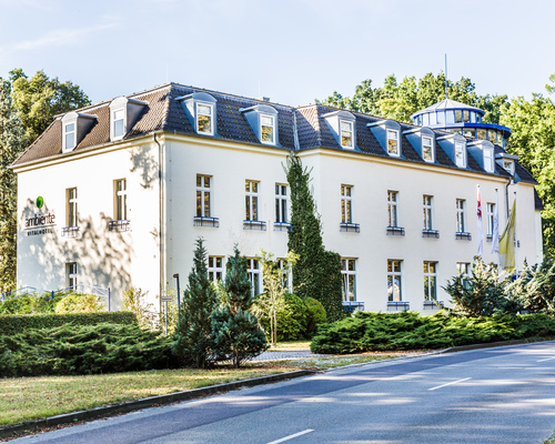 Get your holiday at the 4-star-superior Ringhotel Vitalhotel ambiente in Bad Wilsnack and just relax
