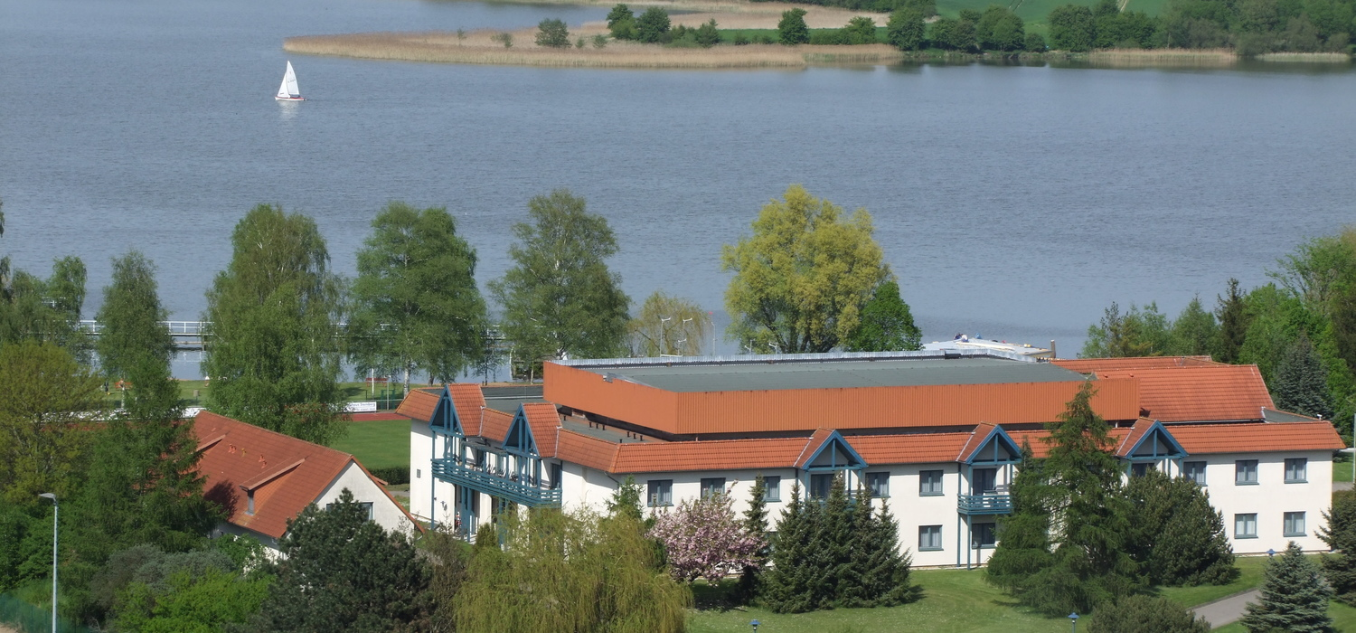 The Ringhotel Dreiwasser welcomes you at the Mecklenburg Lake District