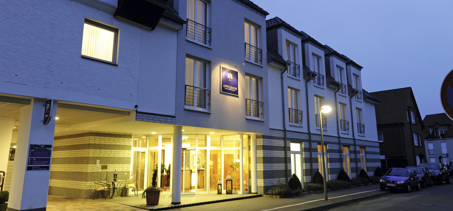 The 4-star hotel Ringhotel Appelbaum in Guetersloh is centrally, yet peacefully located