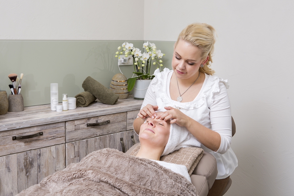 Massages and cosmetic treatments at the 'Alfen Saunaland', Ringhotel Alfsee Piazza in Rieste, 3-star-superior hotel in the Osnabrueck region