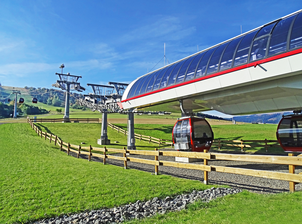 Go up the Ettelsberg with a cableway near the Ringhotel Posthotel Usseln, a 4-stars hotel in the Sauerland Region