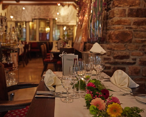 Amazing cuisine with regional specialties at the restaurant in the Ringhotel Central in Ruedesheim, 3-star-superior hotel in the Rhine-Main-Area