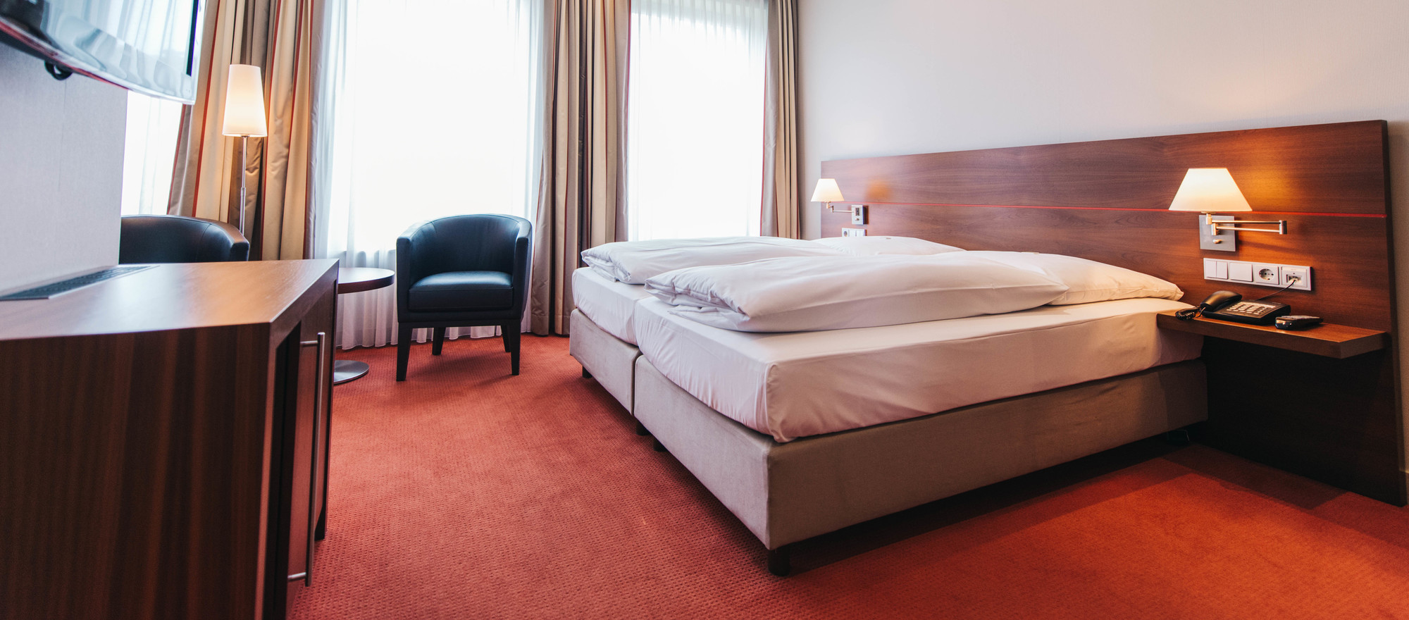 Cosy double room at the 4-star hotel Ringhotel Kocks at Muehlenberg garni in Muelheim