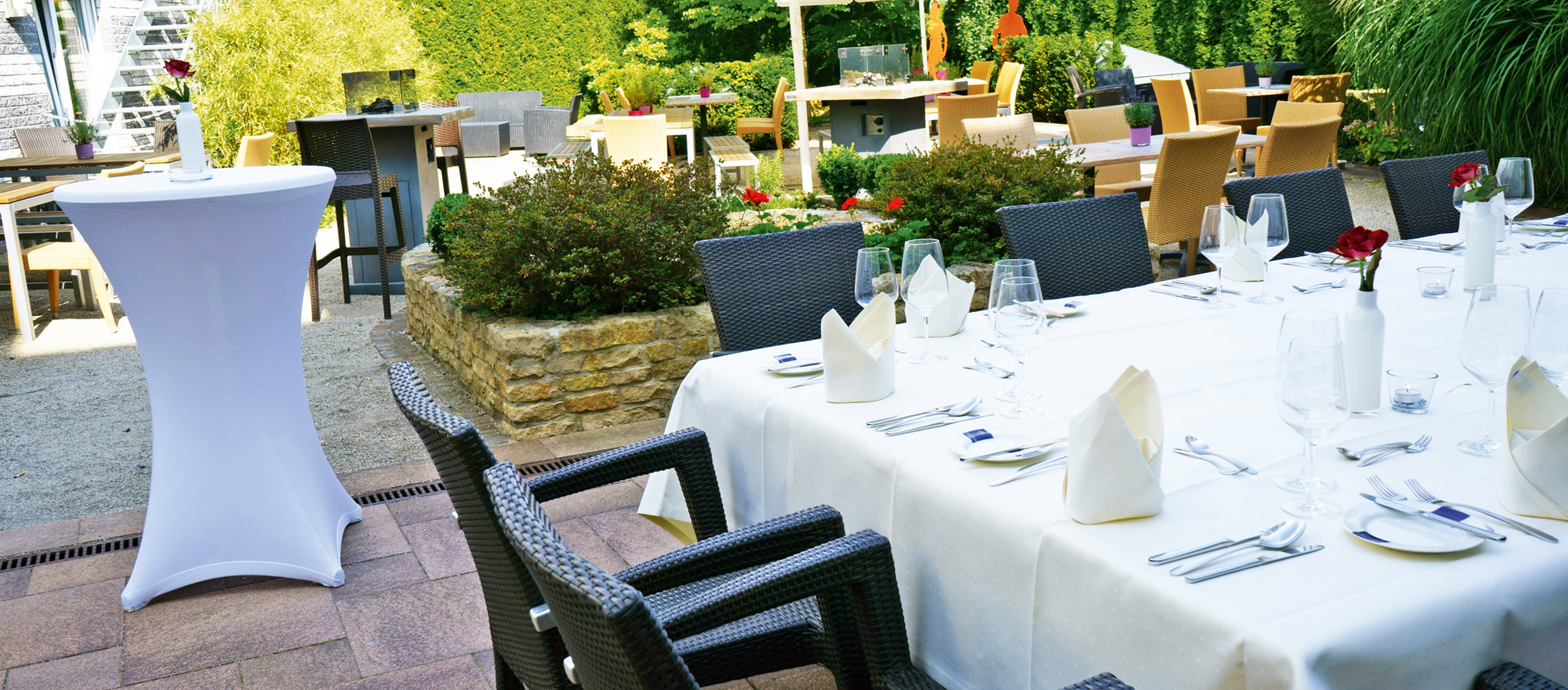 Terrace at the Ringhotel Appelbaum in Guetersloh, 4-star-hotel in the Teutoburg Forest