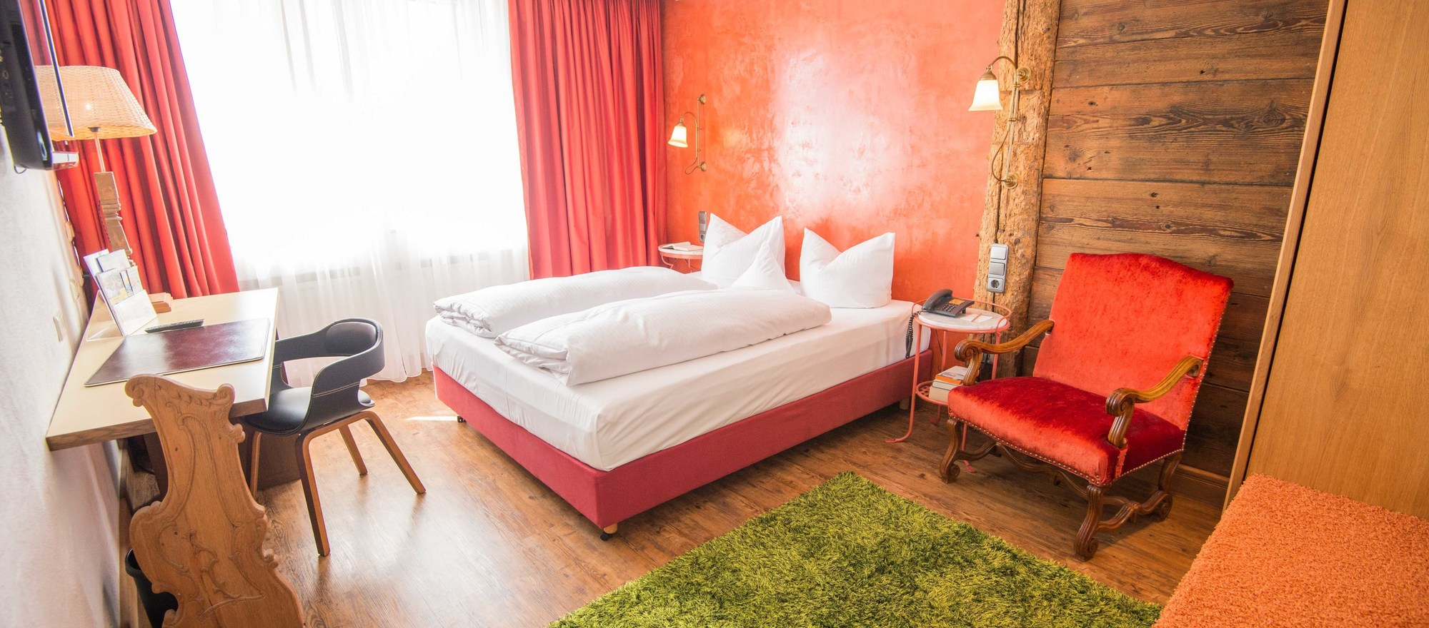 Comfort double room at the Ringhotel Alpenhof in Augsburg, hotel in Swabia