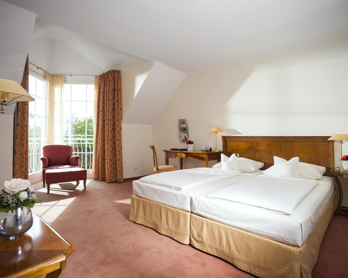 Comfortable room at the 4-star-superior hotel Ringhotel Landhaus Eggert in Muenster