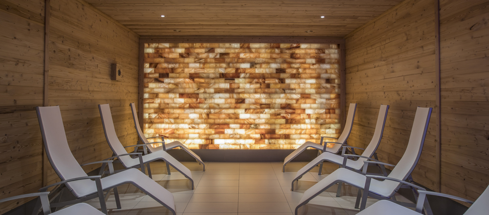 Fill up your energy in the salt cave in the Ringhotel Sonnenhof in Lautenbach, 4-stars Ringhotel in the Black Forest