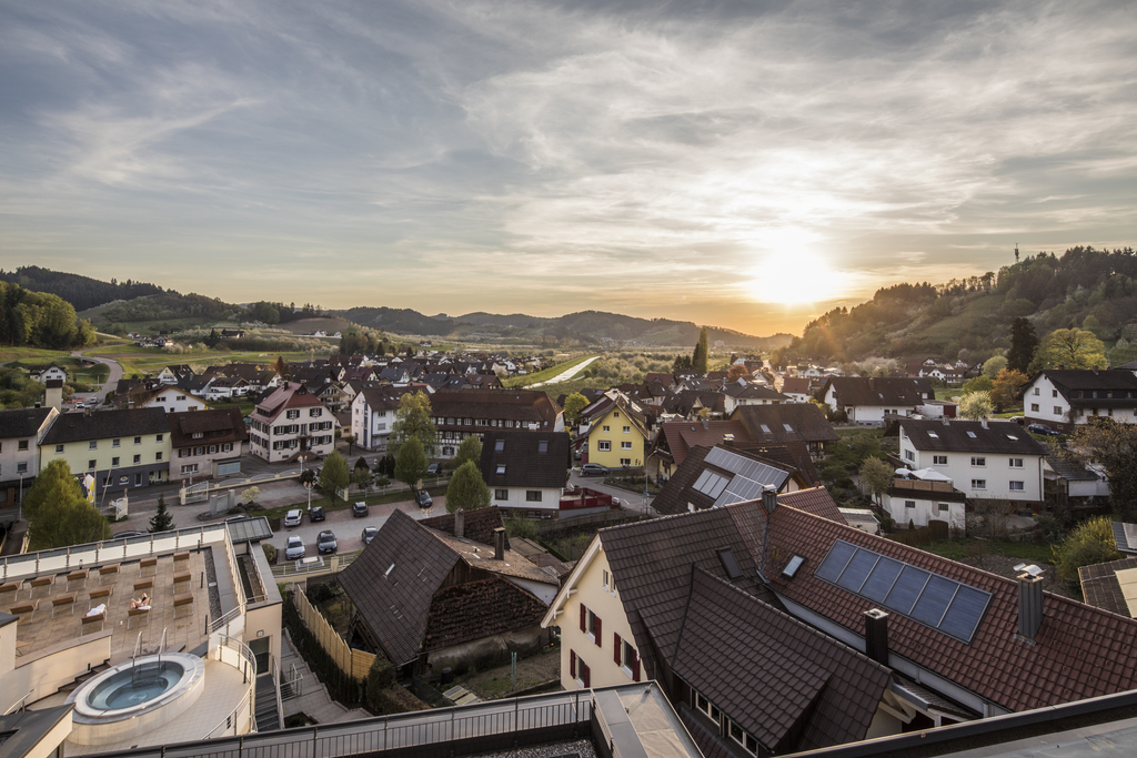 Enjoy the view over Lautenbach in the middle of the Renchtal valley: Pleasures of Home in the Ringhotel Sonnenhof in Lautenbach, 4-stars Ringhotel in the Black Forest