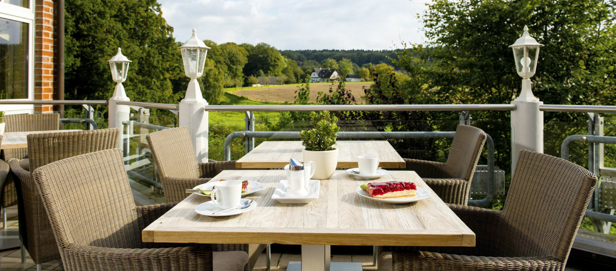 Breakfast at the terrace at the Ringhotel Landhotel Buller, 4-stars hotel in Hagen am Teutoburger Wald