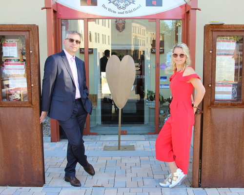 Hosts at the Ringhotel Jaegerhof - Das Wein- und Wildhotel, 3-stars hotel in the Saale/Unstrut region