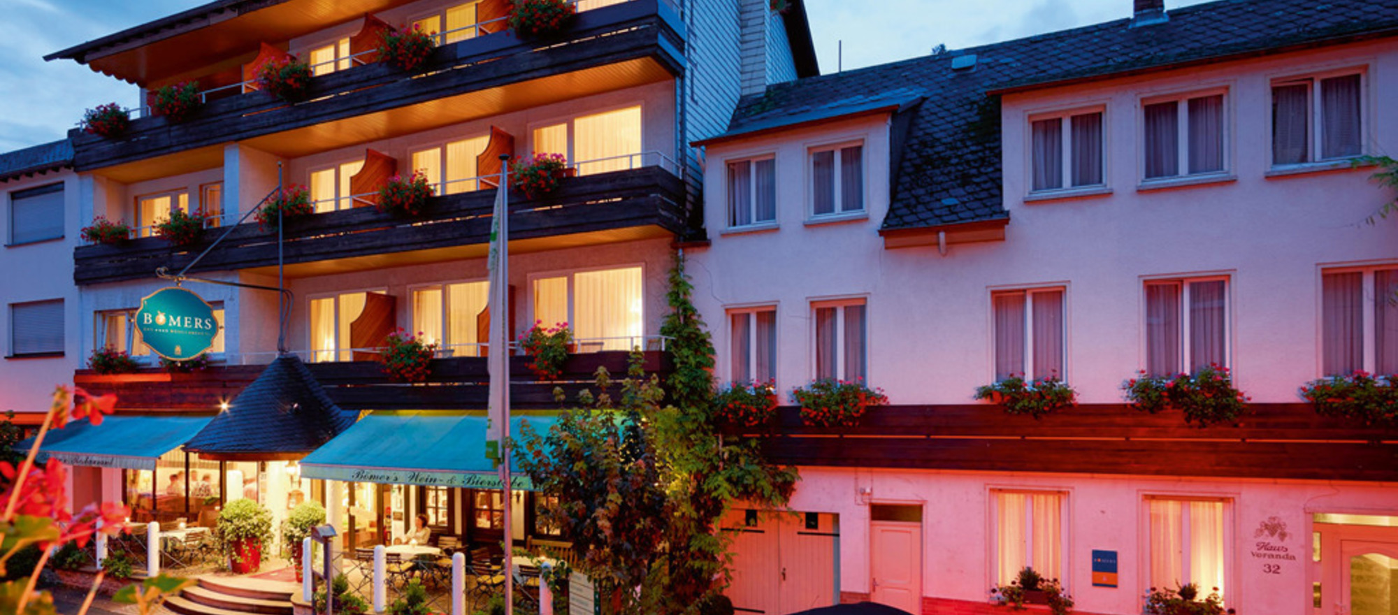 Evening mood at the 3-star-superior hotel Ringhotel Boemers Moselland in Alf/Mosel