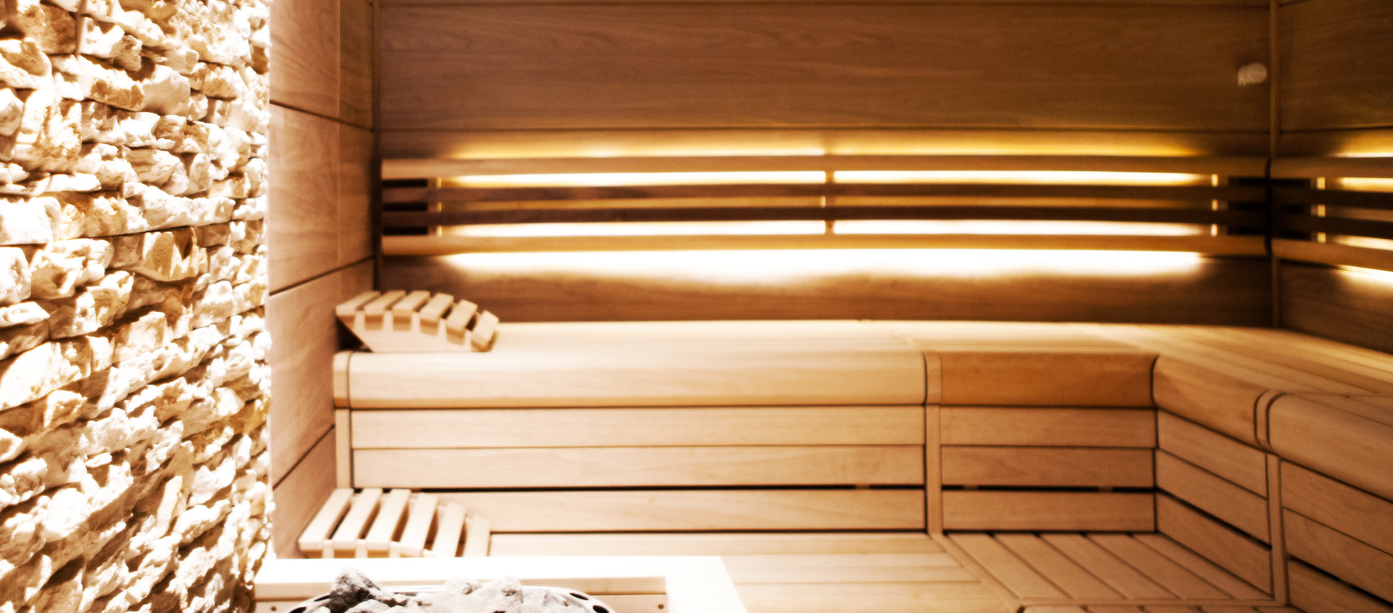 Leave every day's cares behind and enjoy yourself in our sauna in the 4-star hotel Ringhotel Nassau-Oranien in Limburg/Hadamar