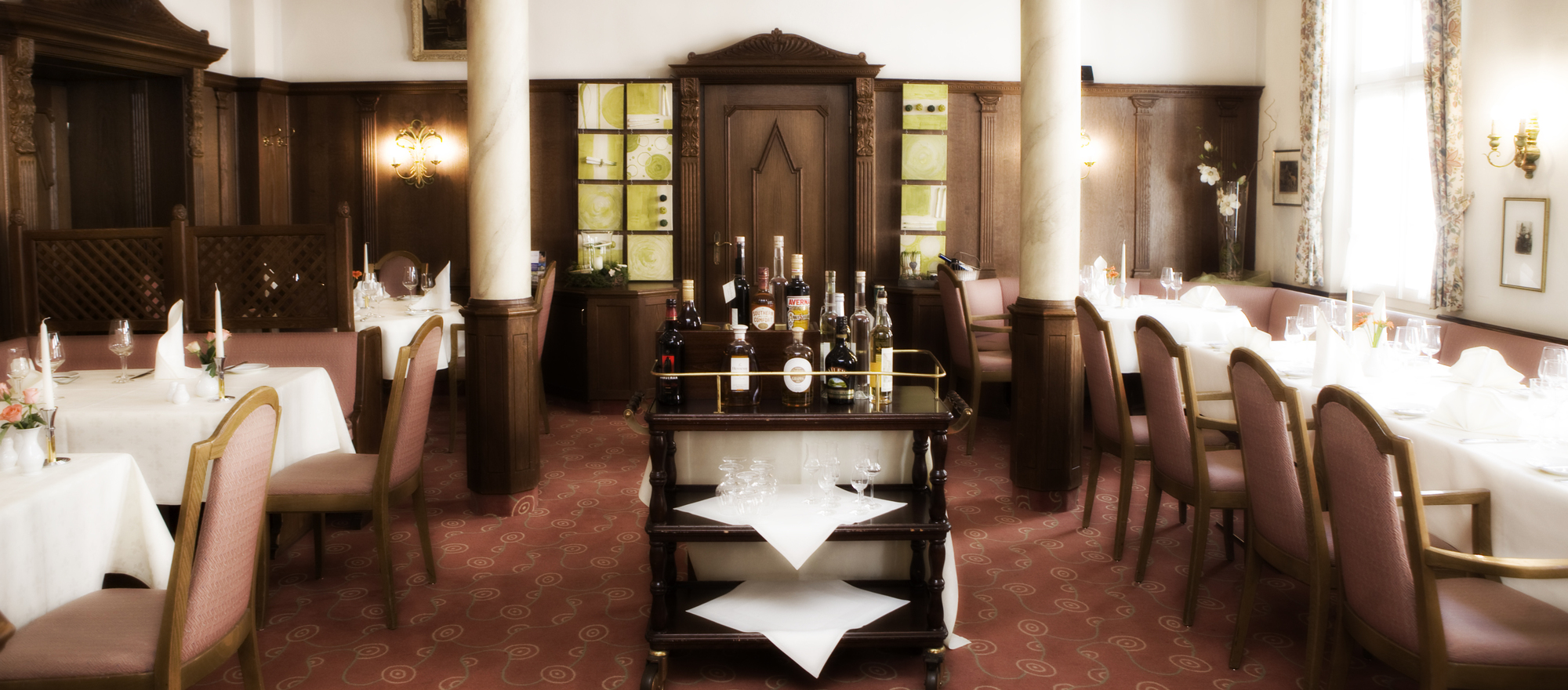 Enjoy the culinary delights from regional specialties in the 4-star hotel Ringhotel Nassau-Oranien in Limburg/Hadamar