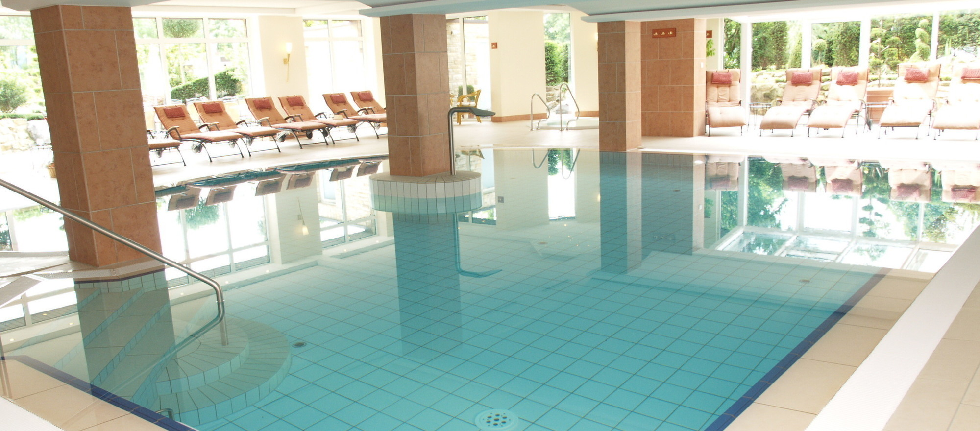 Heated pool at the 4-star-superior hotel Ringhotel Teutoburger Wald in Tecklenburg