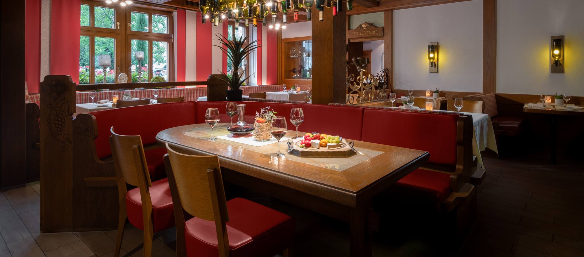 Gourmet interpretation of home-style cuisin serves the restaurant of the 4-star hotel Ringhotel Winzerhof in Rauenberg