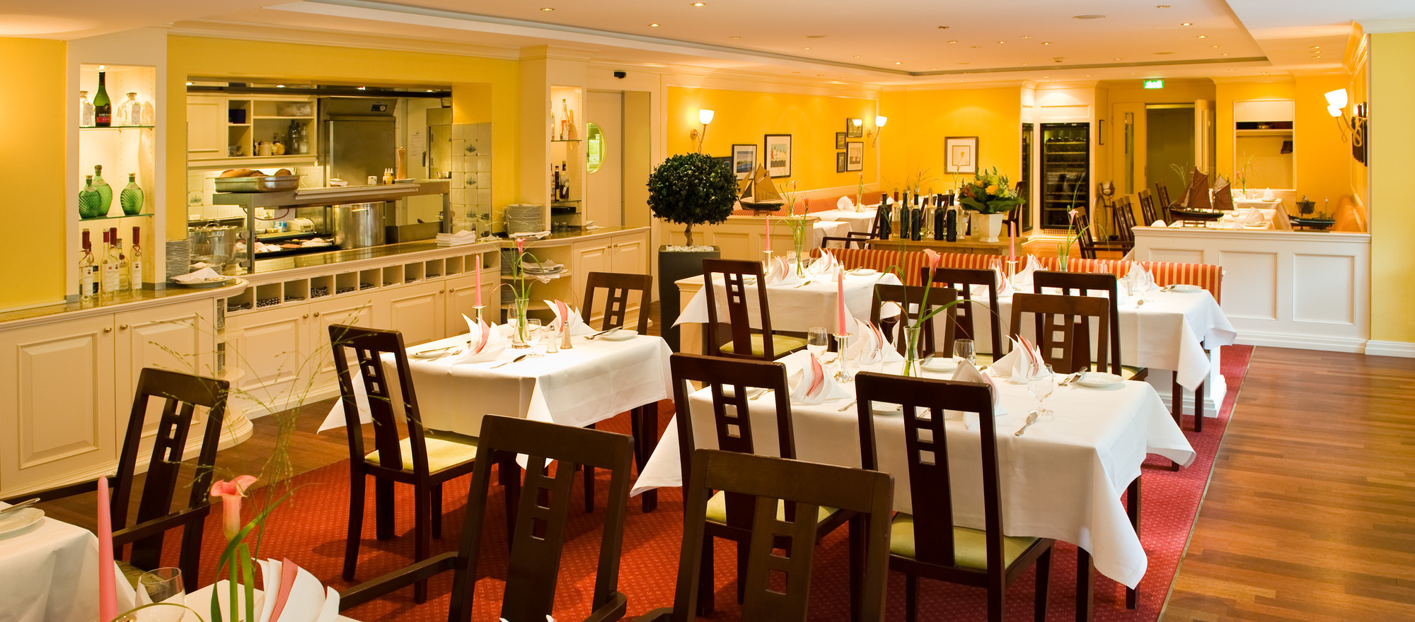 The Fischers Fritz restaurant in the 4-star hotel Ringhotel Birke in Kiel enjoys an excellent reputation for traditional