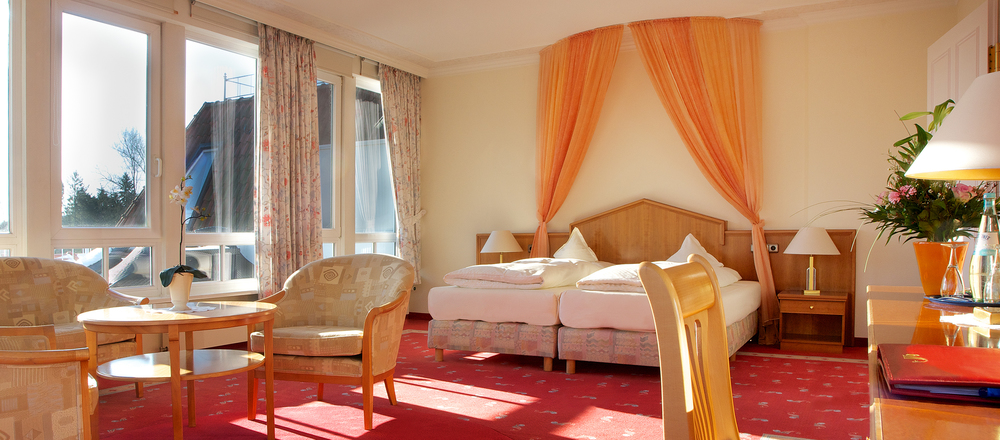 Spacious, excellent furnished rooms at the 4-star-superior hotel Ringhotel Hohe Wacht in Hohwacht