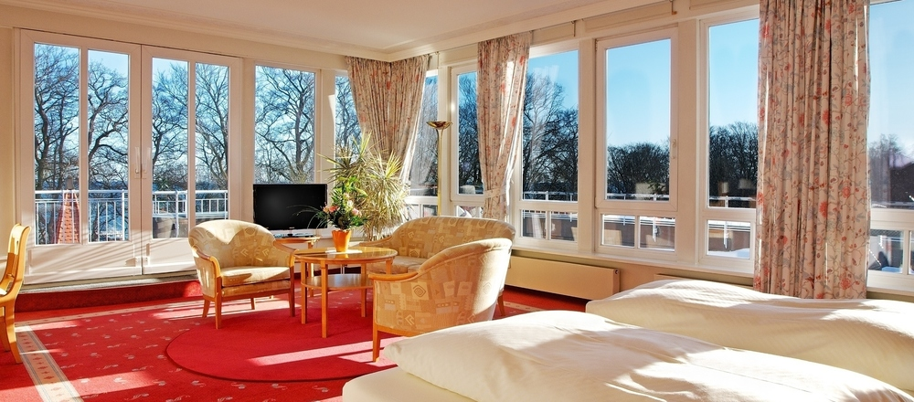 Suites with ocean view and celestial peace at the 4-star-superior hotel Ringhotel Hohe Wacht in Hohwacht