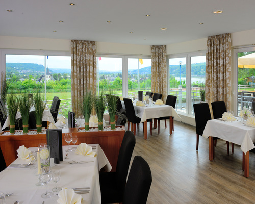 Culinary delights in the restaurant of the 3-star-superior hotel Ringhotel Haus Oberwinter in Remagen/Bonn