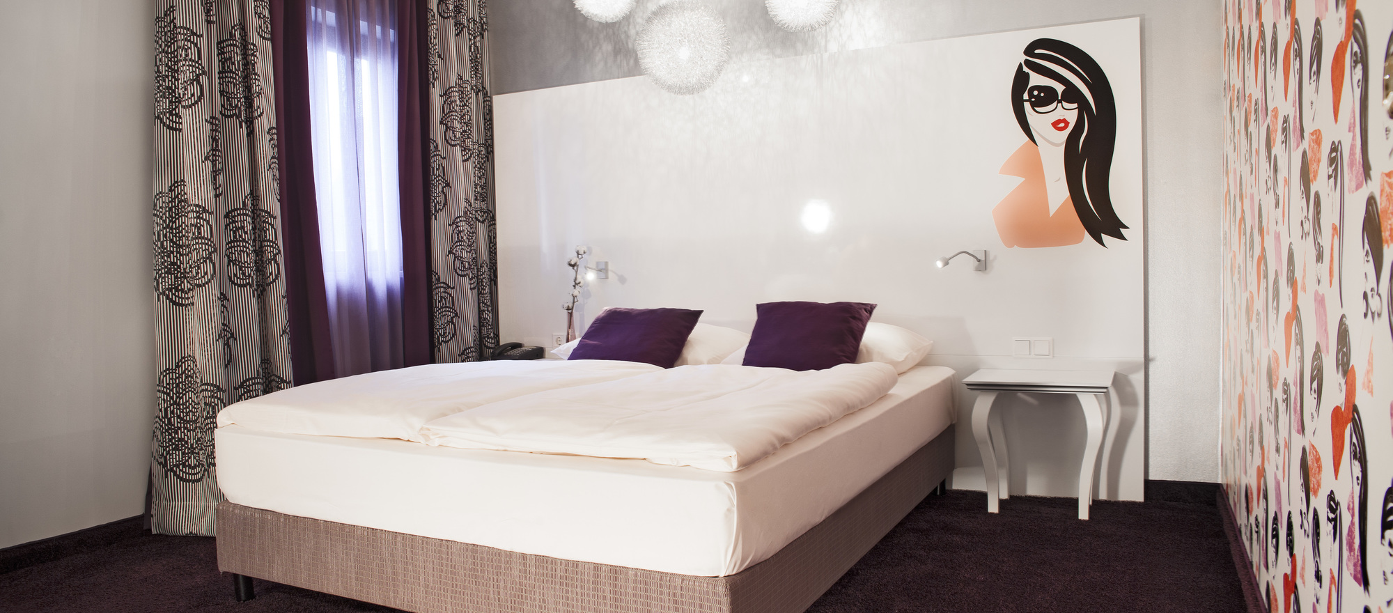 All standard rooms are individual and fancy furnished in the 3-star-superior hotel Ringhotel Reubel in Nuremberg-Zirndorf
