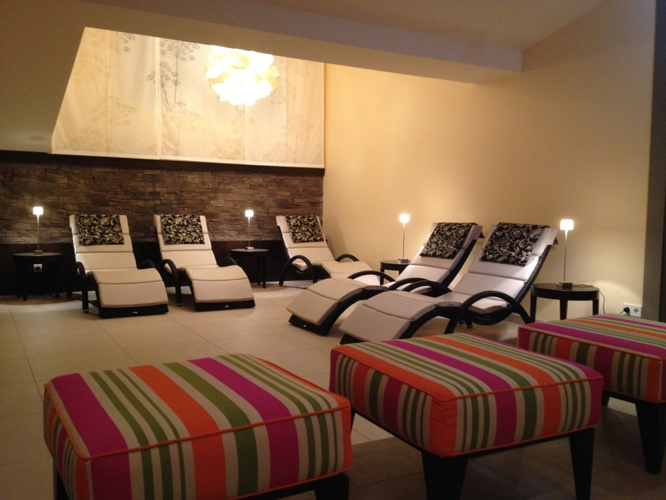 Pleasant atmosphere in the relaxation room of the 4-star hotel Ringhotel Bundschu in Bad Mergentheim