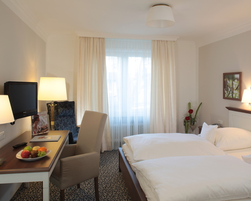 Bright, sunny rooms at the 4-star hotel Ringhotel Sellhorn in Hanstedt