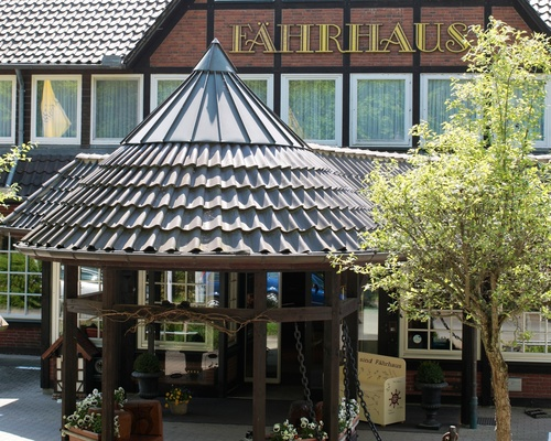 A welcoming familial atmosphere and cozy interiors expected you at the 4-star hotel Ringhotel Faehrhaus in Bad Bevensen