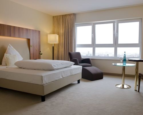 Bright, comfortable rooms with superior ambience at the 4-star hotel Ringhotel Katharinen Hof in Unna