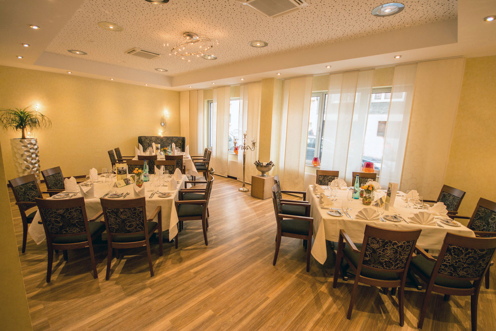 Adaptable banquet and meeting space at the 4-star Ringhotel Drees in Dortmund