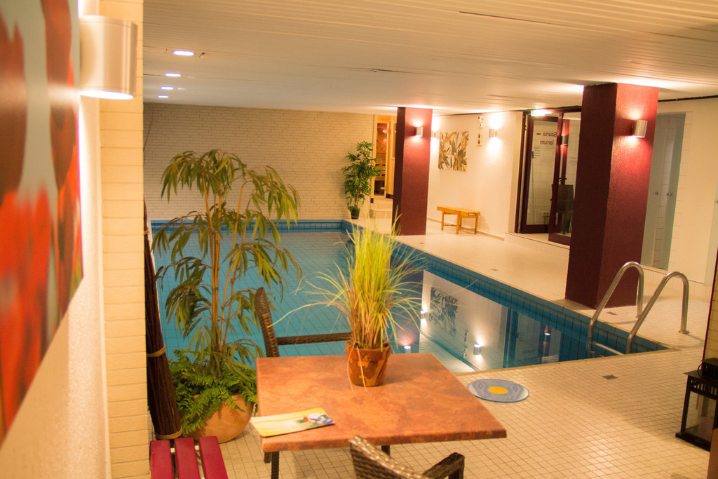 Relaxing with sauna and indoor pool at the 4-star Ringhotel Drees in Dortmund