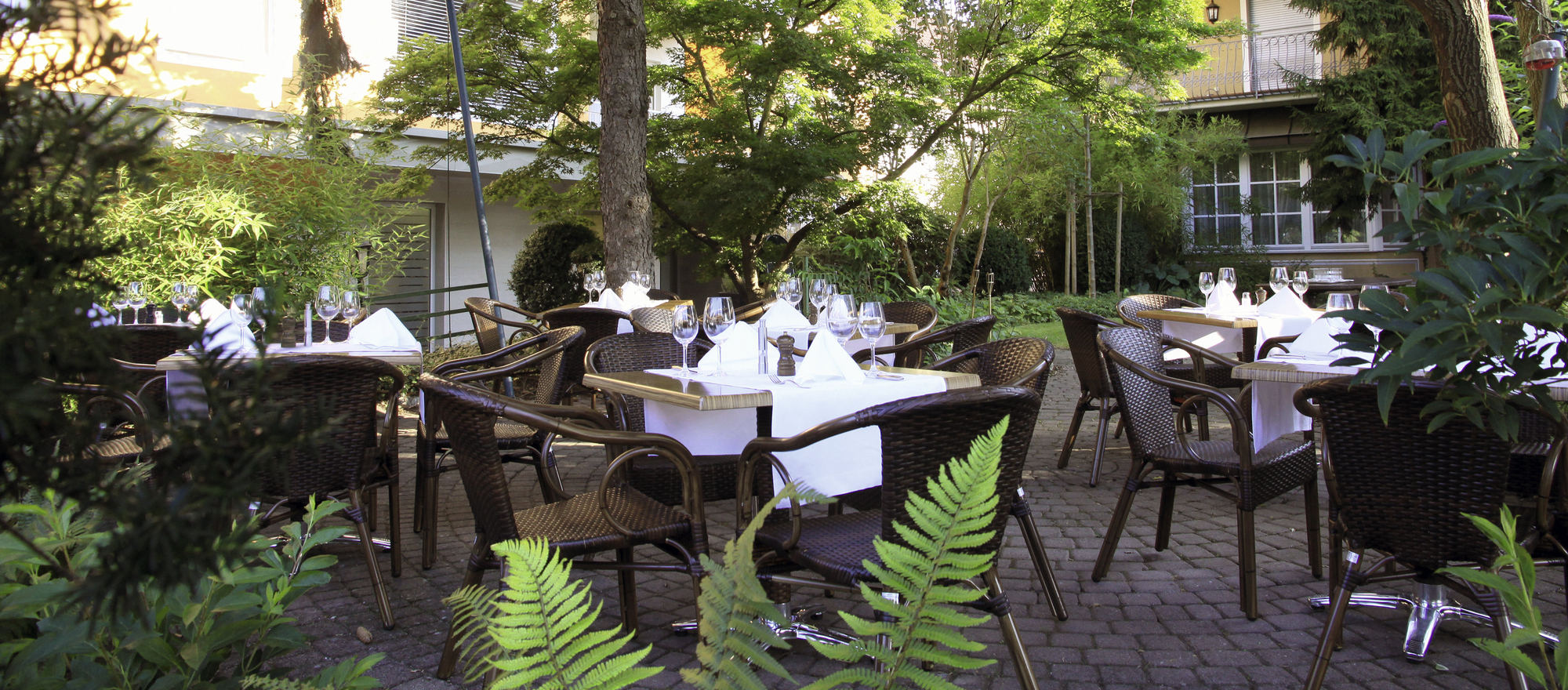 Garden restaurant with sun terrace in Ringhotel Zum Goldenen Ochsen in Stockach, 4 star hotel at Lake Constance