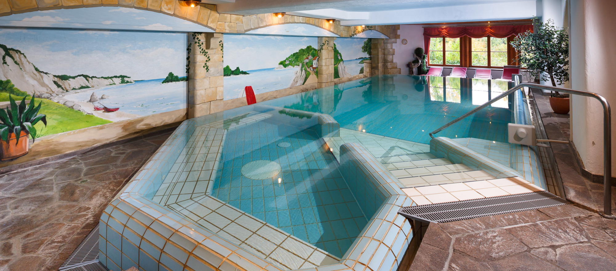 Swimming pool in Ringhotel Ferienhotel Nebelhornblick in Oberstdorf, 4 -star hotel in the Allgaeu