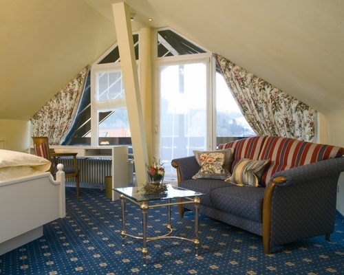 Well equipped, spacious rooms at the 4-star hotel Ringhotel Sonnenhof in Lautenbach