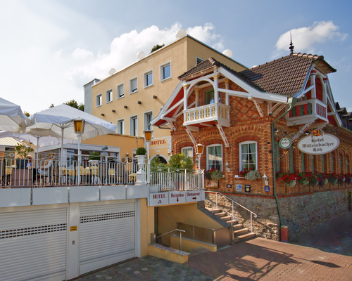 Enjoy the princely view over the rooftops of Wuerzburg at the 3-star-superior hotel Ringhotel Wittelsbacher Hoeh in Wuerzburg