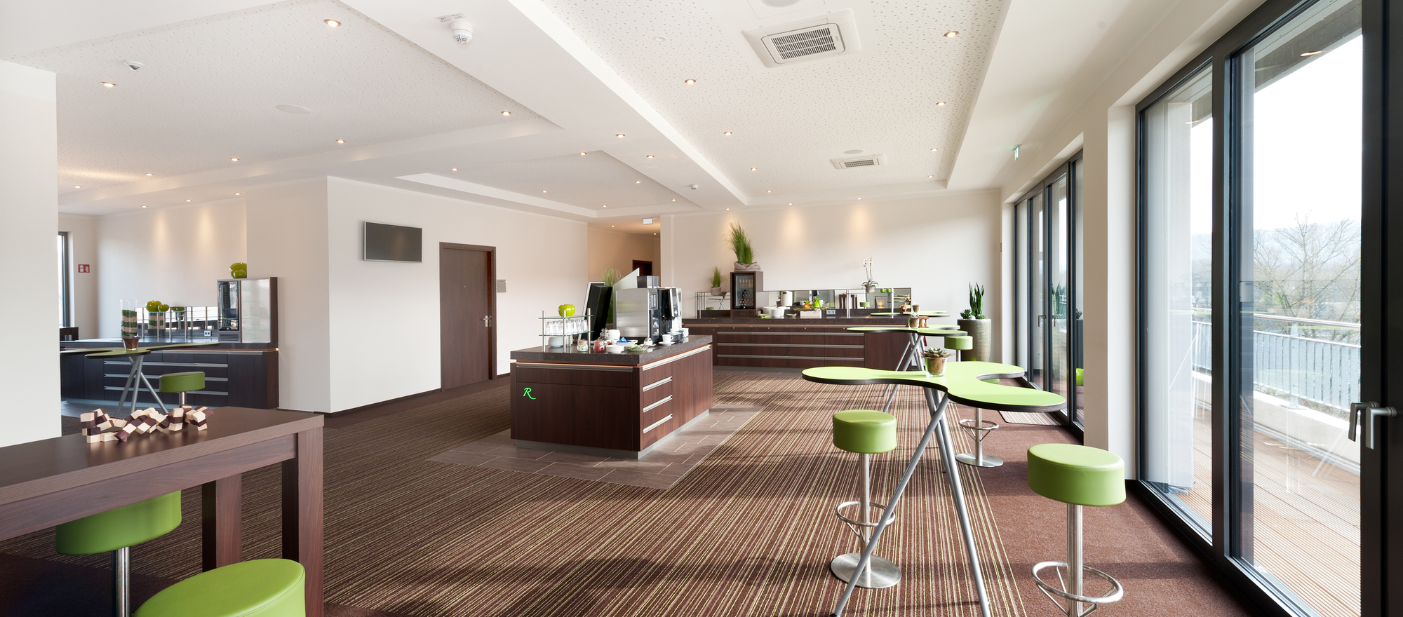 The all-round carefree package with comprehensive service for events offers the 4-star hotel Ringhotel Zweibruecker Hof in Herdecke