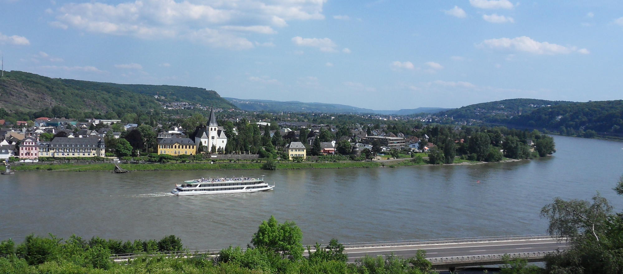 Beautiful view over the Rhine, 3-star-superior hotel Ringhotel Haus Oberwinter in Remagen/Bonn