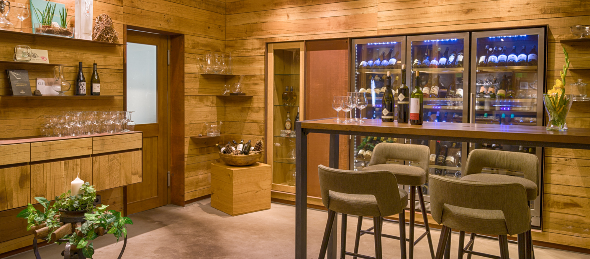 Enjoy excellent wines produced by local winegrowers at the Ringhotel Moenchs Waldhotel, 4-star hotel  in Unterreichenbach