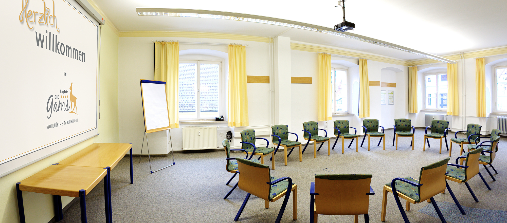Generous meeting rooms at the Ringhotel Die Gams in Beilngries, 4 star hotel in Upper Bavaria