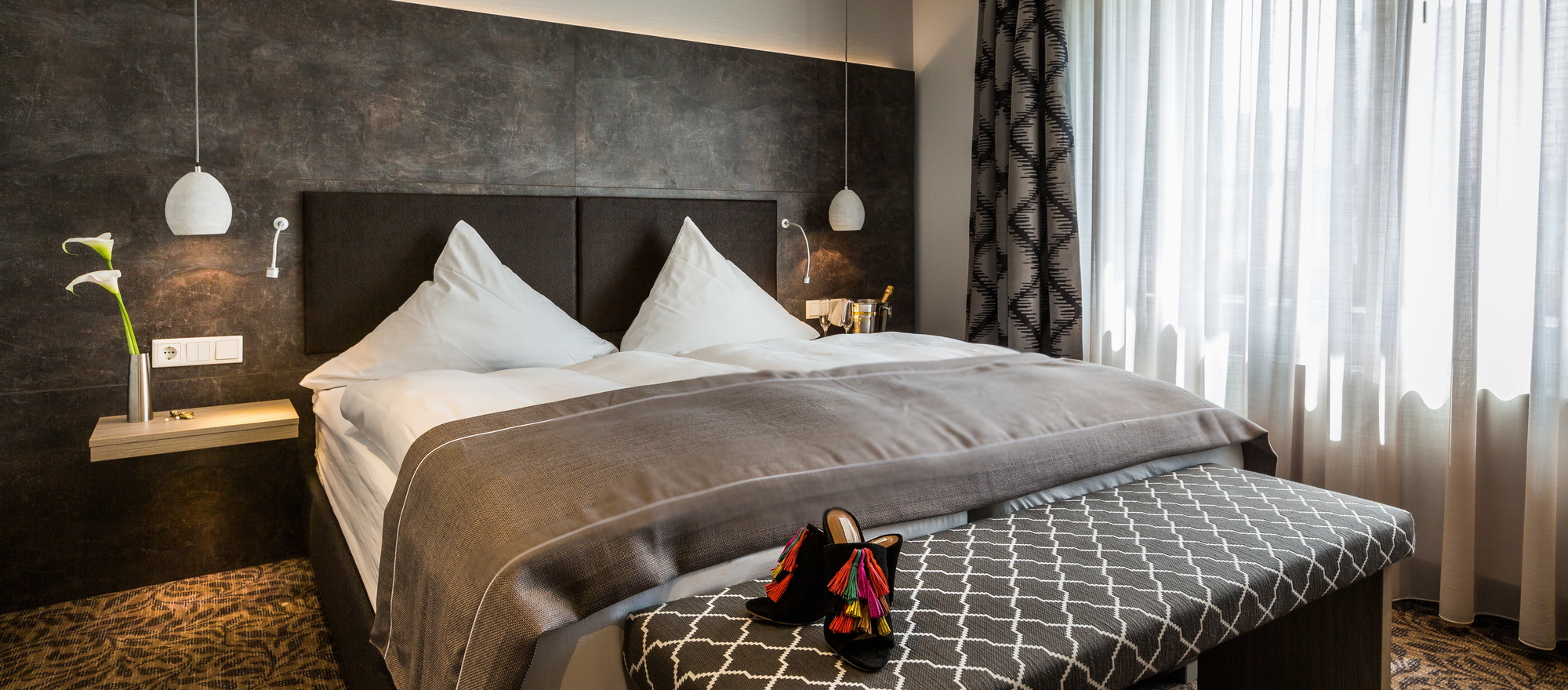 Generous and modern furnished rooms in the 3-star hotel Ringhotel Germanenhof in Steinheim-Sandebeck