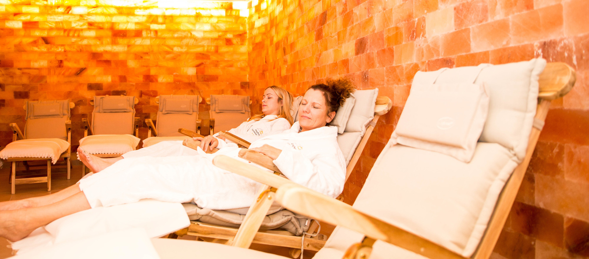 Relax in the spa area of the the 4-star-superior hotel Ringhotel Teutoburger Wald in Tecklenburg