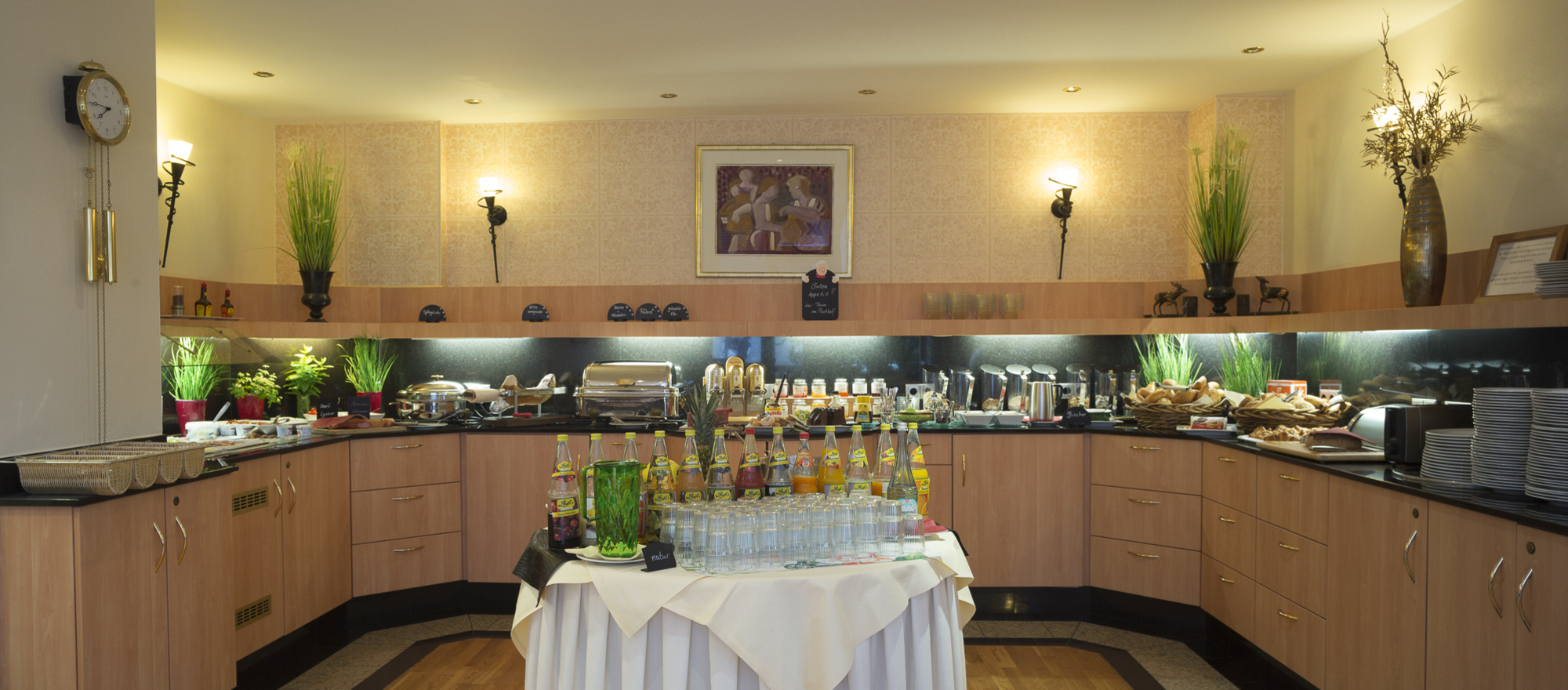 Rich breakfast buffet in the Ringhotel Posthof garni, 3-star superior hotel in Saarlouis