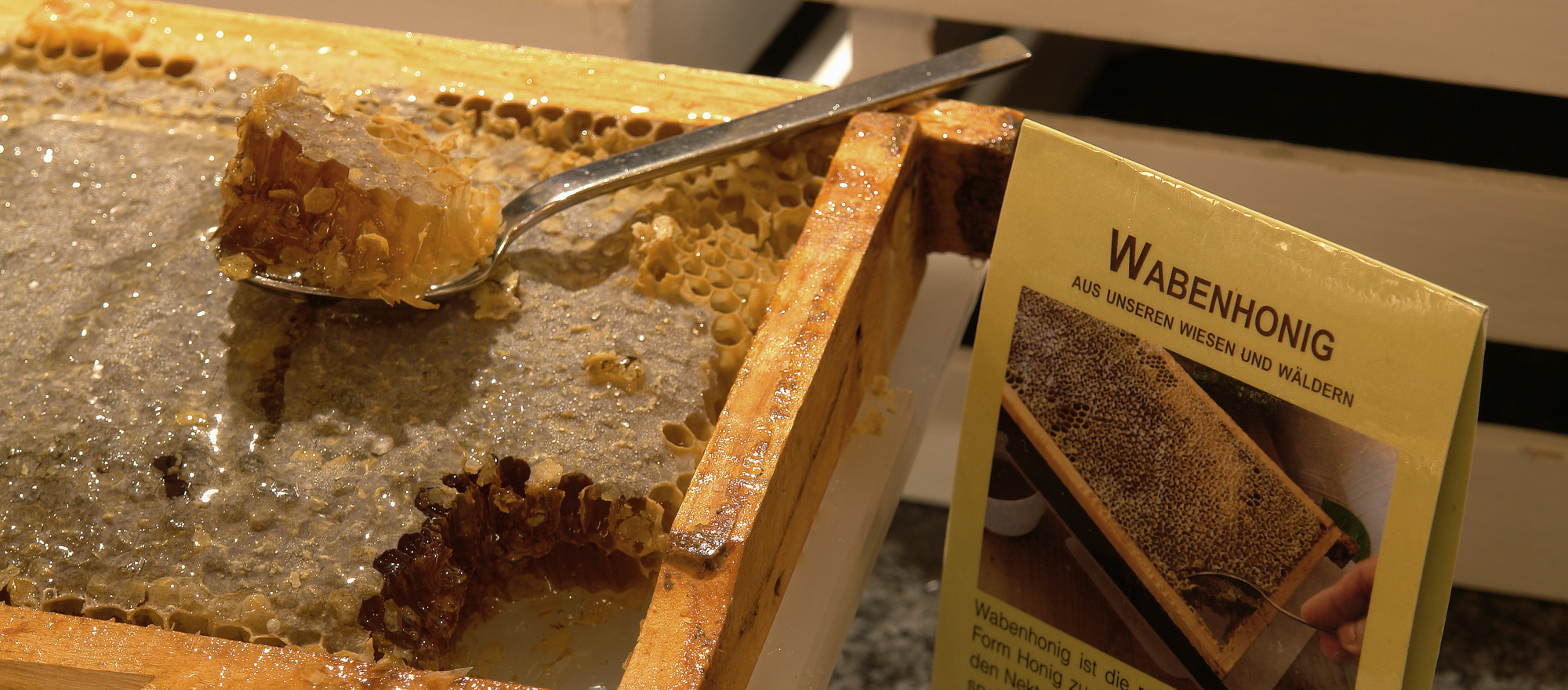 Honey in the Ringhotel Niedersachsen in Hoexter, 4 stars hotel in the Weserbergland region
