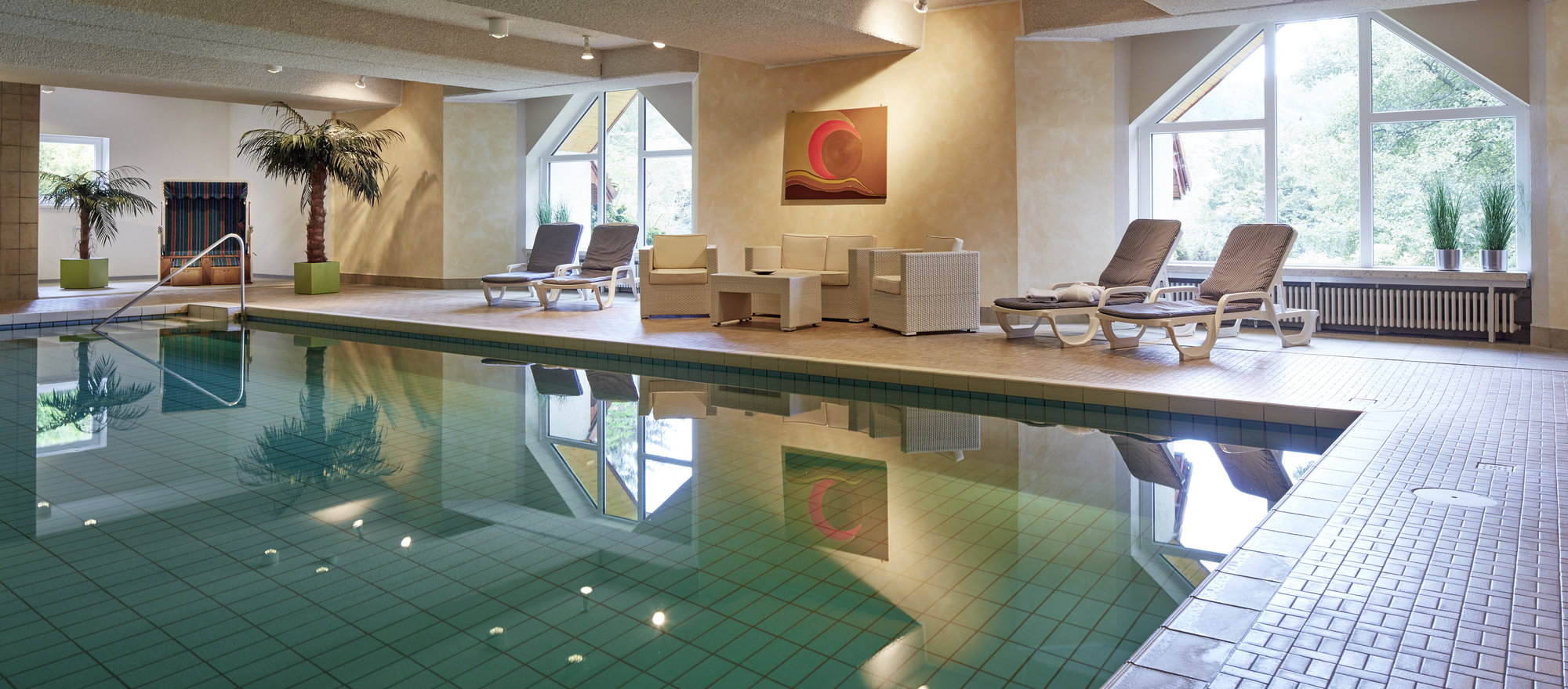 Swimming pool at the Ringhotel Waldhotel Bärenstein in Horn-Bad Meinberg, 4-Sterne Hotel in the Teutoburg Forest
