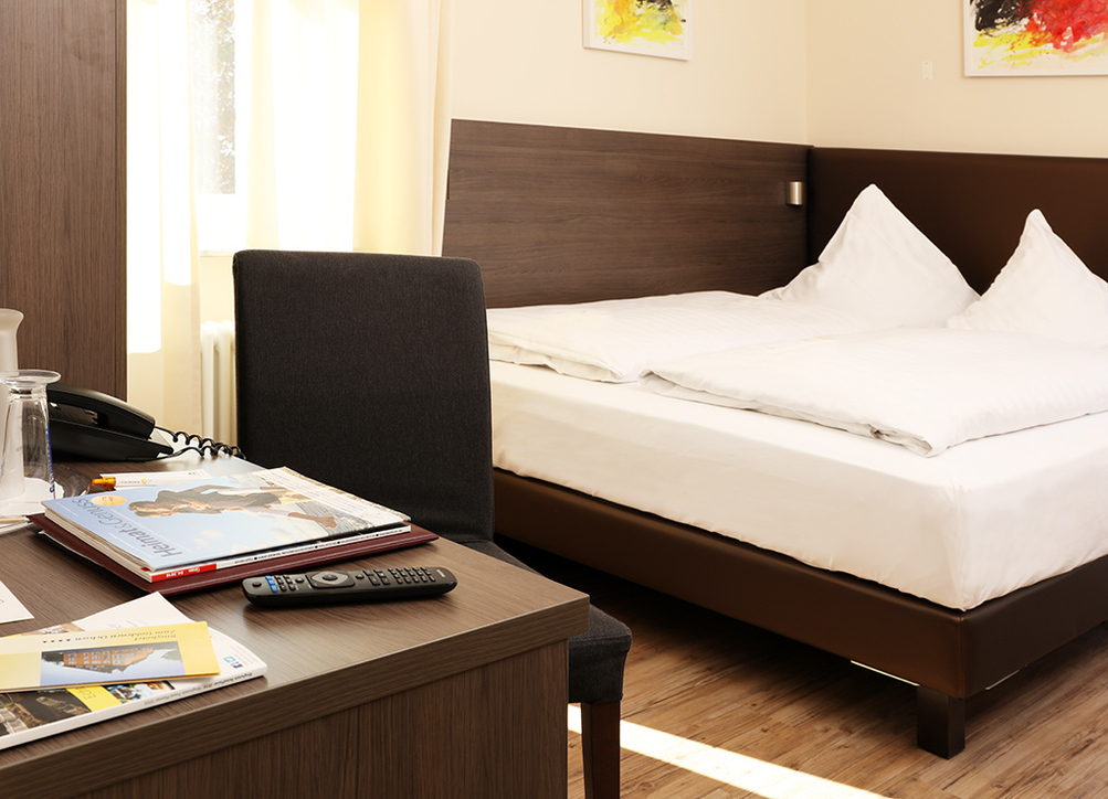 Modern furnished double rooms in the Ringhotel Zum Goldenen Ochsen in Stockach, 4 star hotel at Lake Constance