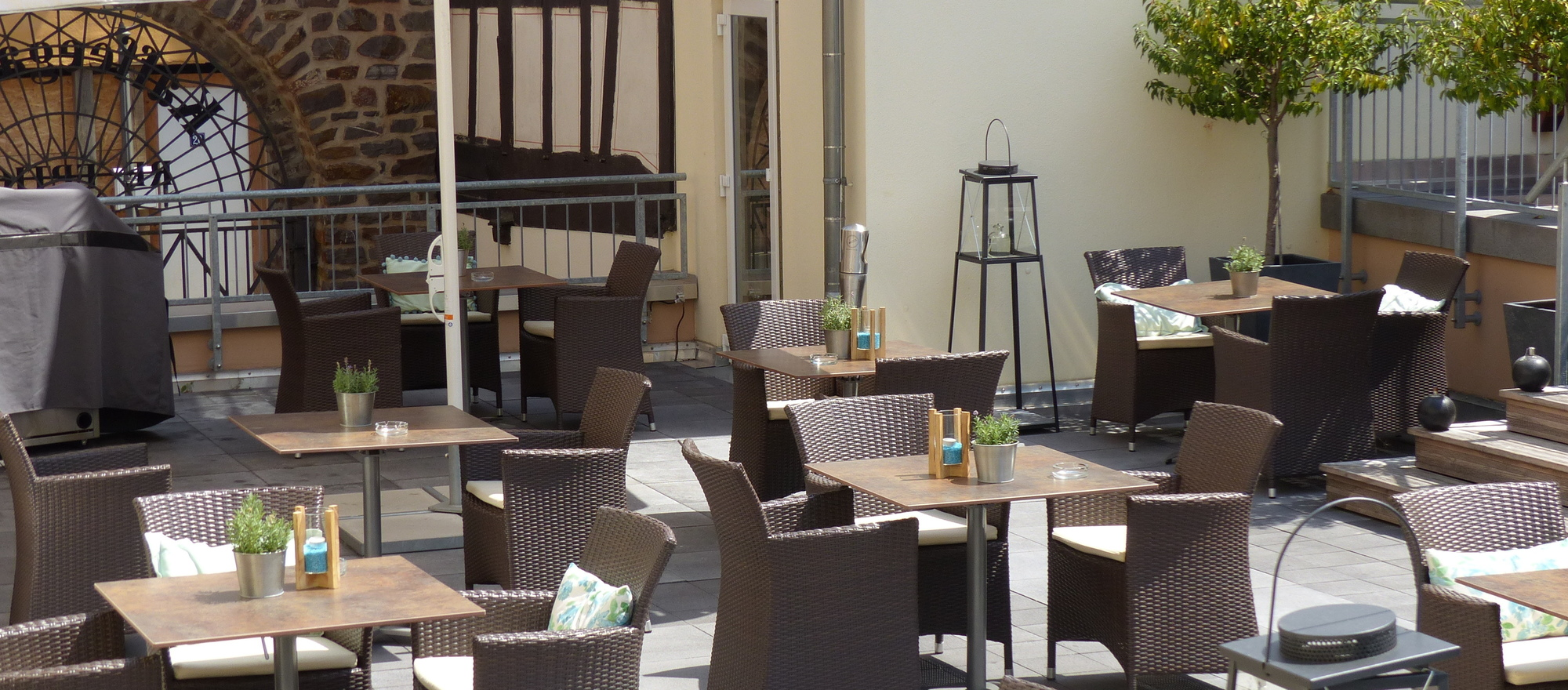 The summer terrace in restaurant in the Ringhotel Nassau-Oranien in Limburg / Hadamar, Hotel in Westerwald
